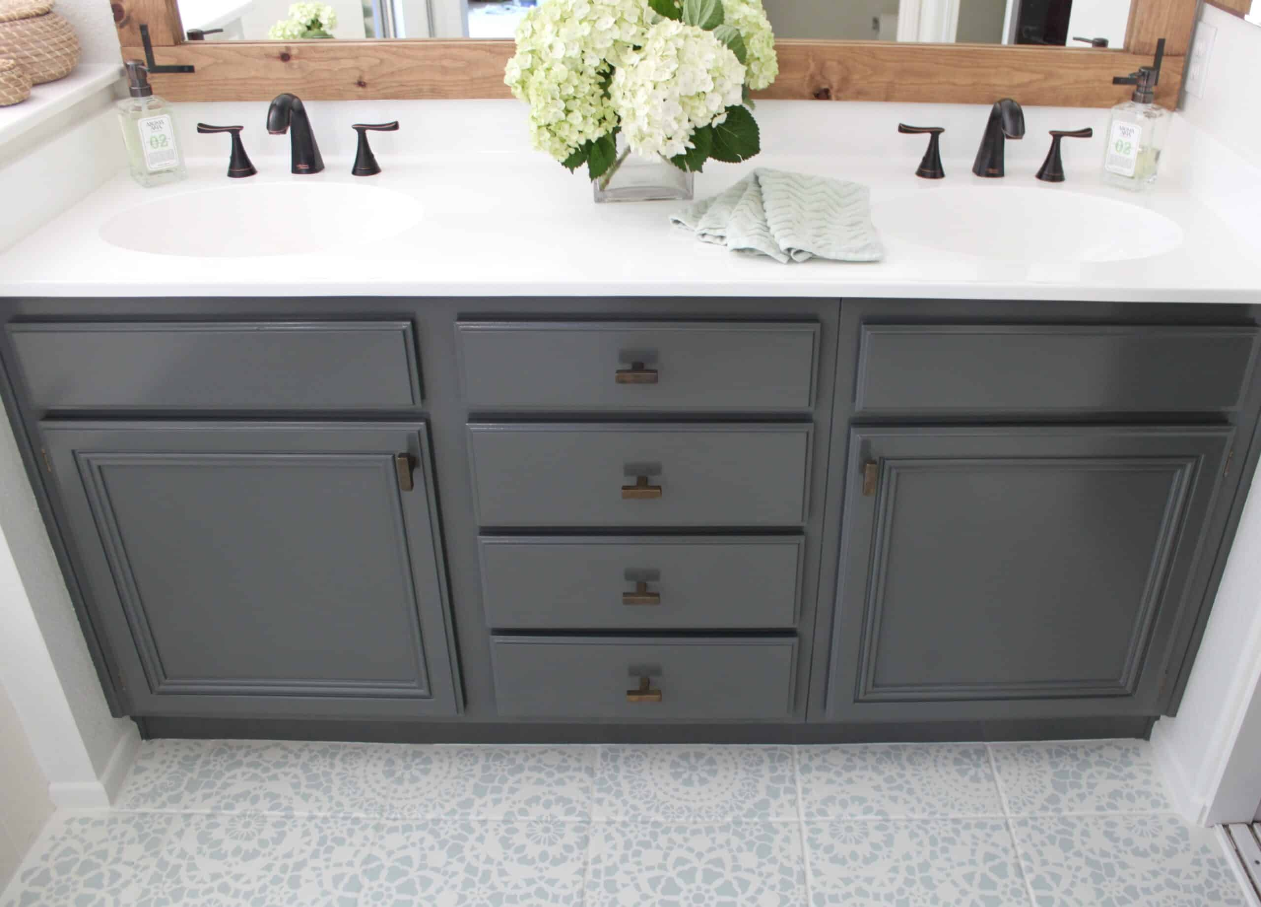 You are currently viewing Care & Cleaning of Your Kitchen-Bathroom Cabinets